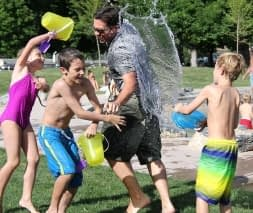C:\Users\MsKrupa\AppData\Local\Microsoft\Windows\INetCache\IE\F07MM81F\Water-Water-Fight-Fun-Play-Child-Summer-Children-442257[1].jpg