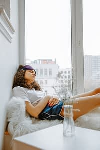 How to Sleep Better While Menstruating